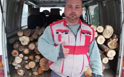 Distribution of firewood from donations